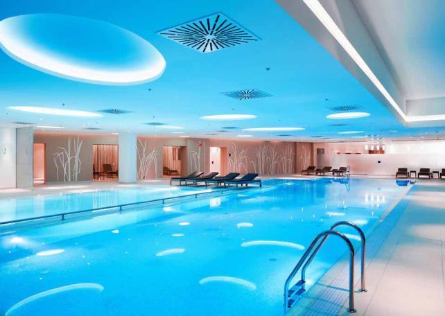 отель редиссон бассейн
